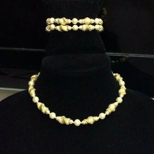 Trifari Bracelet Collar Necklace Gold Faux Pearl